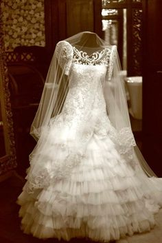Homegrown: Filipiniana Wedding Theme – Cherryblossoms and Faeriewings Filipiniana Wedding Theme, Jovani Wedding Dresses, Modern Filipiniana Dress, White Beach Wedding Dresses, Wedding Dresses Near Me, Two Piece Wedding Dress, Backless Prom Dresses, Wedding Gowns, Bridal Gown