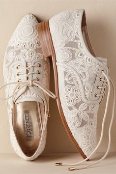 BHLDN Agnes Oxfords Ivory  in  Shoes & Accessories | BHLDN