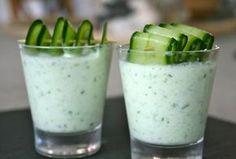 Recette Soupe froide de concombre Recette Soupe froide de concombre  Pour 4 personnes :      2 ou 3 beaux concombres bio     3 belles ...