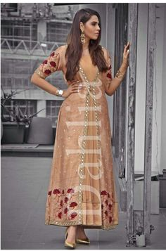 Dulhan Dress, Pakistani Dresses, Indian Bridal Couture, Western Wear, Kurtis, Indian Outfits, Dahlia, Party Wear, Indiana