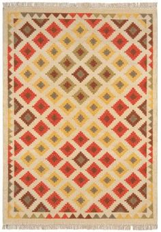 Kelim rug hand woven in India, featuring traditional weaving techniques to create a flat woven Dhurrie Rugs, Kilim Rugs, Victorian Rugs, Natural Rug, Home Rugs, Weaving Techniques, Rug Runner, Rugs On Carpet, Hand Weaving