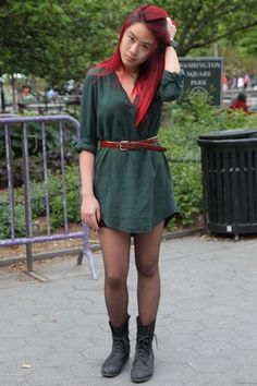 #NYU Street Style: Layer a belted shirtdress over shorts over sheer tights