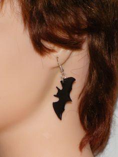 Boucle d'oreille argenté Chauve-souris en fimo : Boucles d'oreille par jl-bijoux-creation