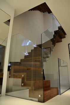Staircase Glass Railing Design Ideas, Pictures, Remodel, and Decor Glass Stairs, Glass Railing, Glass Walls, Interior Railings, Interior Stairs, Railing Design, Staircase Design, Led, Wood Staircase