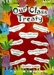 Class Treaty with Hands First Day Of School Activities, Teaching First Grade, Teaching Kids, Aboriginal Education, Indigenous Education, Class Displays, Classroom Displays, Communication Avec Les Parents, Treaty Of Waitangi