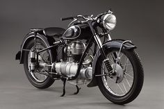 10 Outstanding vintage motorcycles, extravagant motocycles, dream motocycles, http://vintageindustrialstyle.com/10-outstanding-vintage-motorcycles/