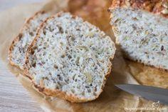 Pyszny chleb wieloziarnisty pieczony w domu. Prosty chleb z ziarnami bez użycia maszyny. Udaje się zawsze i smakuje rewelacyjnie.