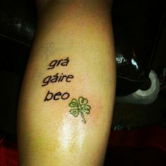 Live laugh love in gaelic