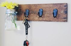 Get Organized: 10 DIY Key Holders