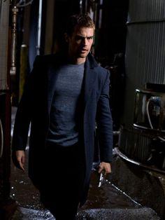Theo james as david Underworld awakening