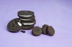 Who doesnt love Oreos? Oreos, big or small, double cream or original, they are all sinfully addictive. Big And Small, Oreos, A Food, Food Photography, Kitchen, Blog, Recipes, Baking Center, Cooking