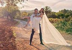 28-Sep-2015 12:04 - MARK LABRAND GETROUWD OP IBIZA. Radio 538-dj Mark Labrand is afgelopen weekend in het huwelijksbootje gestapt met Stephanie. Het feest vond plaats op Ibiza. Het romantische huwelijksaanzoek deed hij tijdens een vakantie in Zuid-Afrika. Eind juni trouwden de twee al in Nederland met elkaar. Het grote feest hielden ze dus afgelopen weekend samen met vrienden en familie op Ibiza, waar ze dagenlang gefeest hebben om de liefde te vieren. Aan de foto's te zien is dat...