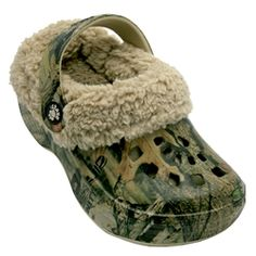c72a242acaa09 The DAWGS Mossy Oakᆴ Toddler FleeceDAWGS keep your feet warm and cozy.  These DAWGS come in stylish Mossy Oakᆴ camo prints. One of DAWGS' most  popular styles ...