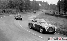 """The car behind is a tiny American made (Indiana) Crosley """"Hot Shot"""" ( that dropped out in the hr. with alternator problems. Sports Car Racing, Race Cars, Auto Racing, James Bond Cars, 24 Hours Le Mans, Aston Martin Vanquish, Vintage Cars, Vintage Auto, Car Pictures"""