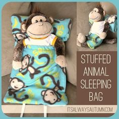 DIY Sleeping bag for a child's favorite stuffed animal or baby: free pattern. free pattern and sewing tutorial for a stuffed animal sleeping bag - what a fun Christmas gift for kids! Sewing Projects For Kids, Sewing For Kids, Craft Projects, Free Sewing, Sewing Stuffed Animals, Cute Stuffed Animals, Sewing Hacks, Sewing Tutorials, Sewing Patterns
