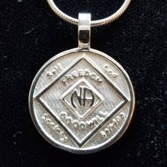 NA NARCOTICS ANONYMOUS  CLEAN TIME ANNIVESARY MEDALLION//COIN PEWTER 5 YEARS