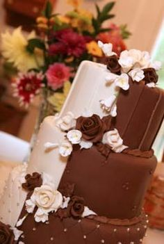 Chocolate & Vanilla wedding cake