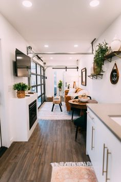 The Lily Pad - Hocking Hills- Shipping Container - Tiny houses for Rent in Logan, Ohio, United States Tiny House Cabin, Tiny House Living, Tiny House Design, Home And Living, Container Home Designs, Building A Container Home, Container House Plans, Cargo Container, Container Store
