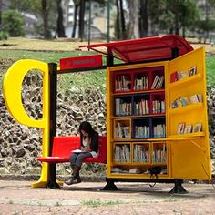 "One of 50 park libraries in Bogota! (the ""Athens of South America"")!"