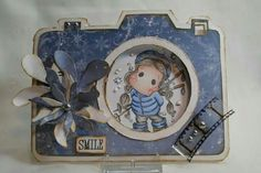 Dutch Doobadoo Card Art Camera