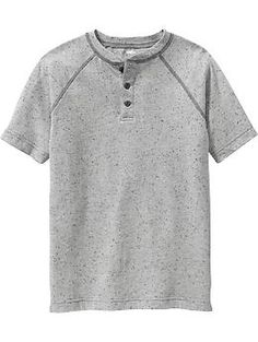 He'll look cool all season long in boys' T-shirts from Old Navy. Tees for boys are a sure thing that's easy to wear. Cool Boys Clothes, 15 Year Old Boy, Boy Fashion, Fashion Outfits, Back To School Fashion, Henleys, Boys T Shirts, Boy Shorts, Simple Outfits