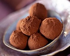Truffes au chocolat (facile, rapide) - Une recette CuisineAZ