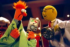 Dr. Bunsen Honeydew and Beaker demonstrate new inventions from Muppet Labs