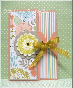 Scalloped Tag Topper Card