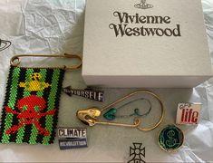 Vivienne Westwood, Badges, Friendship Bracelets, Jewelry, Fashion, Moda, Jewlery, Jewerly, Fashion Styles