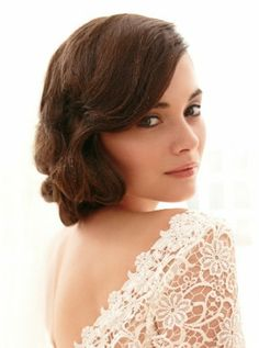 Wavy vintage style. I LOVE THIS. Especially if there are unique details in the back!!!! #wedding #hair #updo