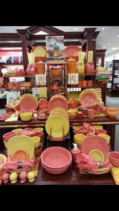 Sunflower tangerine and flamingo look great together. & serving with fiesta dinnerware photos | Dinnerware Depot ...