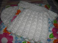 Shell-post Gown for Preemies free crochet pattern