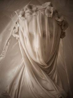 Raffaele Monti (1818-1881) Cemetery Art, Cemetery Statues, Art History, Sculpting, Woods, Sculpture Art, Louvre, Pop Art, Carving