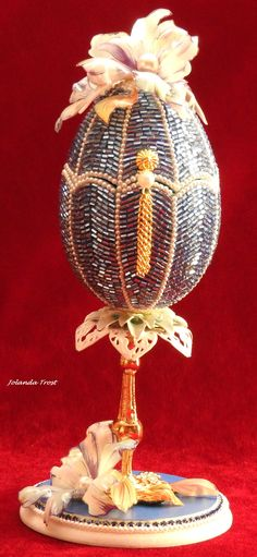 Egg Shell Art, Carved Eggs, Egg Crafts, Egg Art, Egg Decorating, Egg Shells, Beading, Projects To Try, Carving