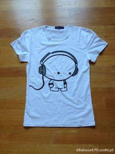 biała koszulka tshirt z ludkiem nowa SM   Cena: 20,00 zł  #tshirt #koszulkam #bialekoszulki