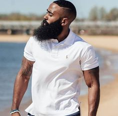White Shirt Beard. Curtesy BeardOBlack.