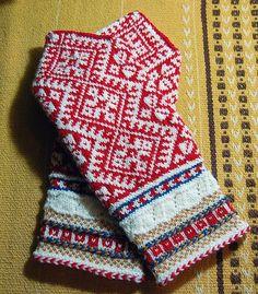 Ravelry: babzer's Yori's mittens