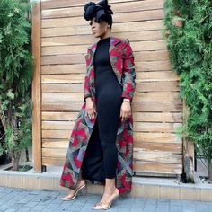 A collection of the best and Latest Casual African Ankara Styles. These casual ankara styles and casual ankara designs were specifically selected for your taste of casual ankara styles African Fashion Designers, African Fashion Ankara, African Print Dresses, African Print Fashion, Africa Fashion, Trendy Ankara Styles, Ankara Gown Styles, Dress Styles, Ankara Tops