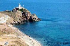 El faro del Cabo de Gata es una maravilla,me encanta bucear en estas playas por su riqueza marina. pic.twitter.com/zwKbouzXAm