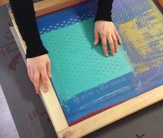 http://mitetablog.wordpress.com/2014/02/28/estampacion-textil-en-10-pasos/