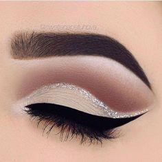 beautiful cut crease #makeup #cutcrease #eyeshadow