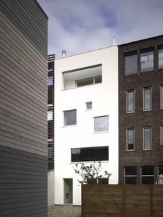 Usage of different window positions and sizes, House Ijburg AMSTERDAM / Ana Rocha Architects
