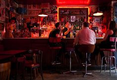 Le Fanfaron, Paris Rock n Roll Bar