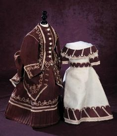 A Cherished Collection - Madame Andrée Petyt: 89 Fine Early Fashion Three-Piece Ensemble in Brown Linen