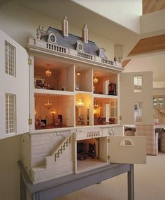 Planning on giving a dollhouse this year? Check out these 10 Amazing Dollhouses on mom.me