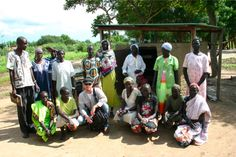 Group picture of WfWI- South Sudan bakery participants and WfWI staff.