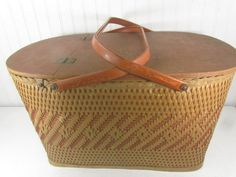 Hamper Basket, Wood Basket, Wicker Baskets, Picnic Baskets, French Picnic, Vintage Picnic Basket, Mid Century Decor, Storage Baskets, Farmhouse Decor