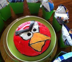 DIY Angry Bird cake