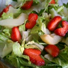 strawberry pear spinach salad