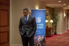 """""""Concussion"""" movie still, 2015. Will Smith as Dr. Bennet Omalu. PLOT: A brilliant forensic neuropathologist (Smith) makes the first discovery of CTE, a football-related brain trauma, in a pro player and fights for the truth to be known. His emotional quest puts him at dangerous odds with the NFL, who try to downplay the issue in hopes it would go away. Football Movies, Forensics, Will Smith, Trauma, Nfl, Discovery, Fictional Characters, Brain, The Brain"""